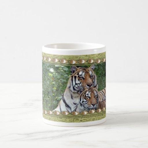 Taza del día de St Patrick del tigre de Bengala