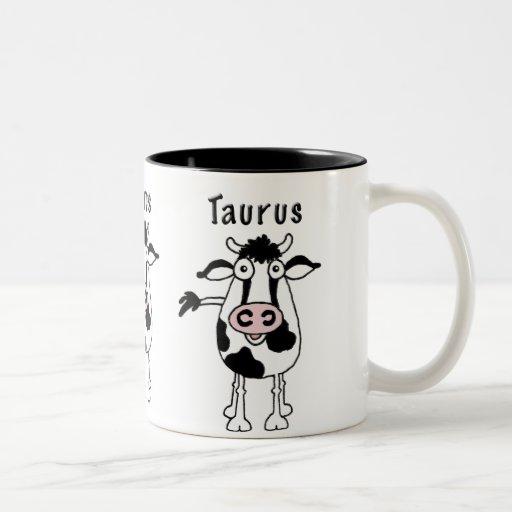 Taza del dibujo animado de Bull del tauro