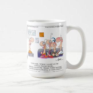 Taza del dibujo animado de la CENA de la FAMILIA