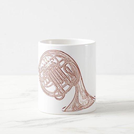 Taza del dibujo de la tinta de Brown de la trompa