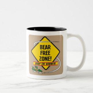Taza del Dos-Tono de la zona franca del oso