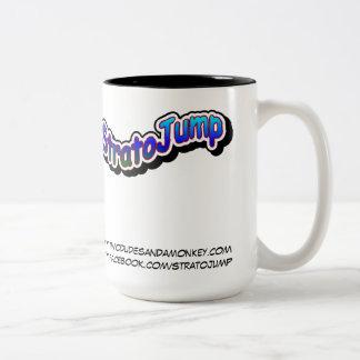 Taza del Dos-Tono de StratoJump - dos tipos y un