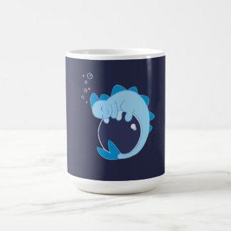 Taza del dragón de agua el dormir