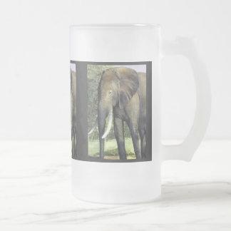 Taza del elefante
