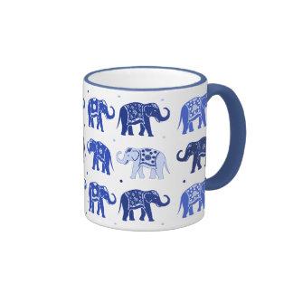 Taza del elefante azul y blanco