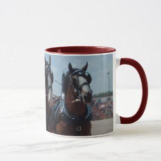 Taza del equipo del caballo de Clydesdale