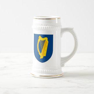 Taza del escudo de armas de Irlanda