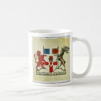 Taza del escudo de armas de Irlanda del Norte
