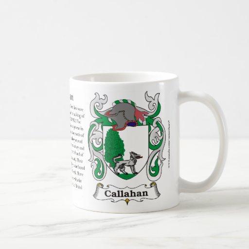 Taza del escudo de armas de la familia de Callahan