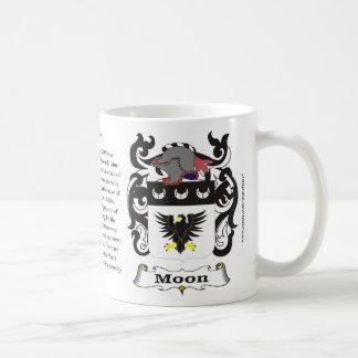 Taza del escudo de armas de la familia de la luna
