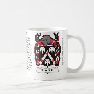 Taza del escudo de armas de la familia de Smith