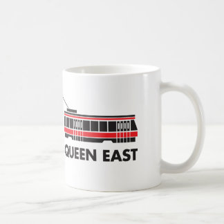 Taza del este del tranvía de la reina Toronto