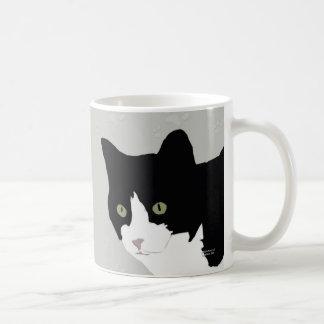 Taza del gatito del smoking