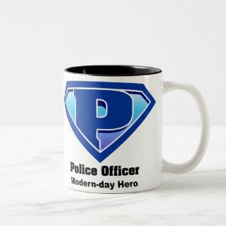 Taza del héroe de la policía