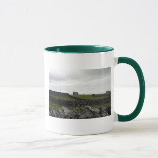 Taza del irlandés de la isla de Aran