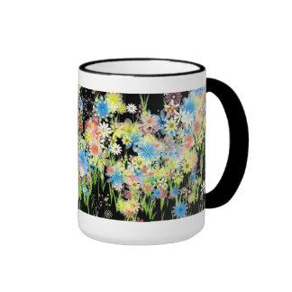 Taza del jardín de flores