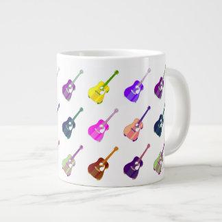Taza del jumbo de las guitarras acústicas del arte taza grande