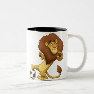 Taza del león del fútbol