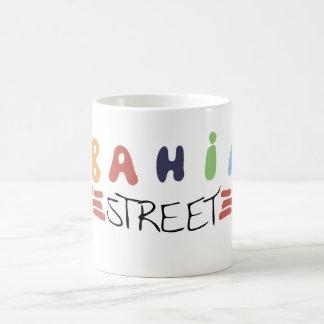Taza del logotipo de la calle de Bahía
