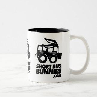¡TAZA del logotipo de los conejitos de ShortBus! Taza Dos Tonos
