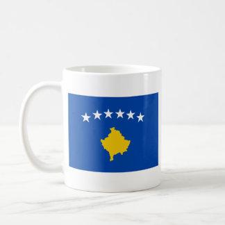 Taza del mapa del ~ de la bandera de Kosovo