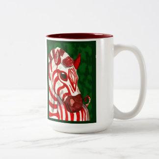 Taza del navidad de la cebra del bastón de