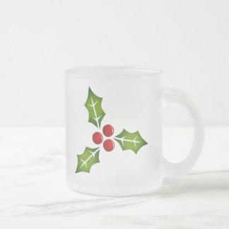 Taza del navidad de las bayas del acebo