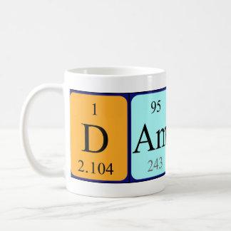 Taza del nombre de la tabla periódica de Damon