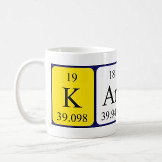 Taza del nombre de la tabla periódica de Karsen
