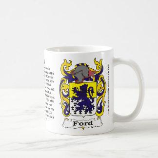 Taza del ona del escudo de la familia de Ford