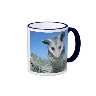 Taza del oposum de Virginia