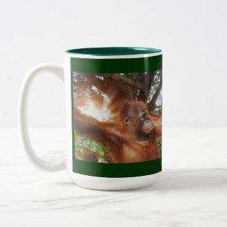 Taza del orangután y del Fauna-partidario de la