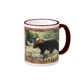 Taza del oso grizzly
