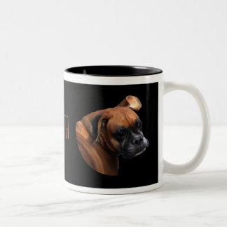 Taza del perro del boxeador