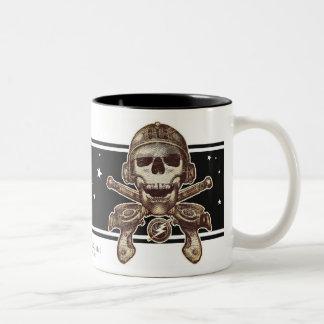 Taza del pirata del espacio (Rayguns)