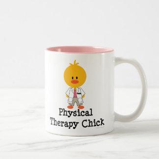 Taza del polluelo de la terapia física