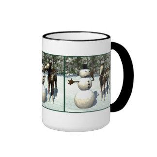 Taza del potro y del muñeco de nieve