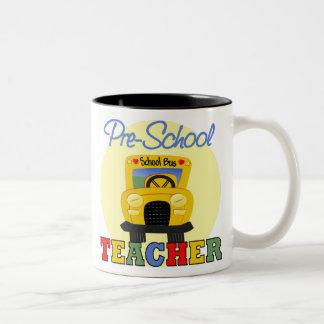 Taza del profesor del preescolar