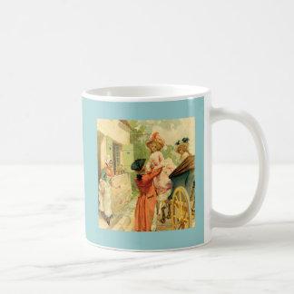 Taza del siglo XVIII de la taza del carro francés