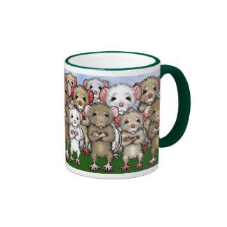 Taza del té del café del manojo de la rata