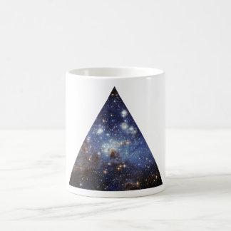 taza del triángulo del espacio del inconformista