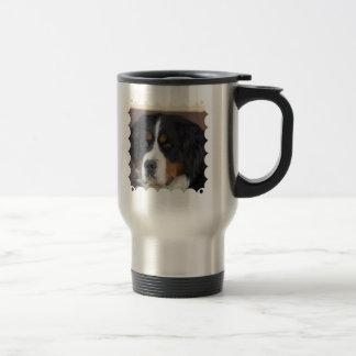 Taza del viaje de Berner Sennenhund