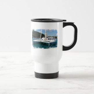 Taza del viaje del catamarán