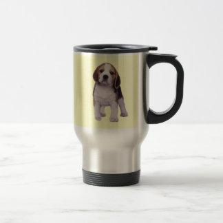 Taza del viaje del perrito del beagle