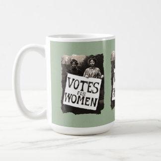 Taza del voto de la vintage mujer