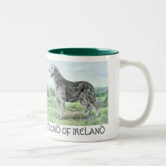 Taza del Wolfhound irlandés del St. Patricks