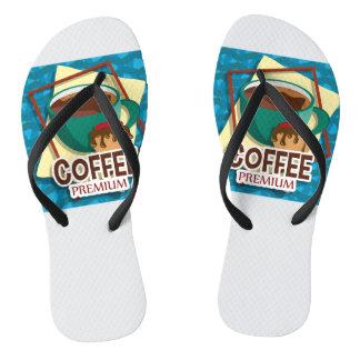 Taza deliciosa del ejemplo de café con un mollete