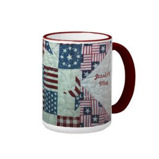 Taza - diseño patriótico del edredón personalizado