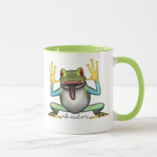 Taza divertida de la rana