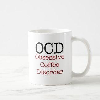 Taza divertida del desorden obsesivo del café